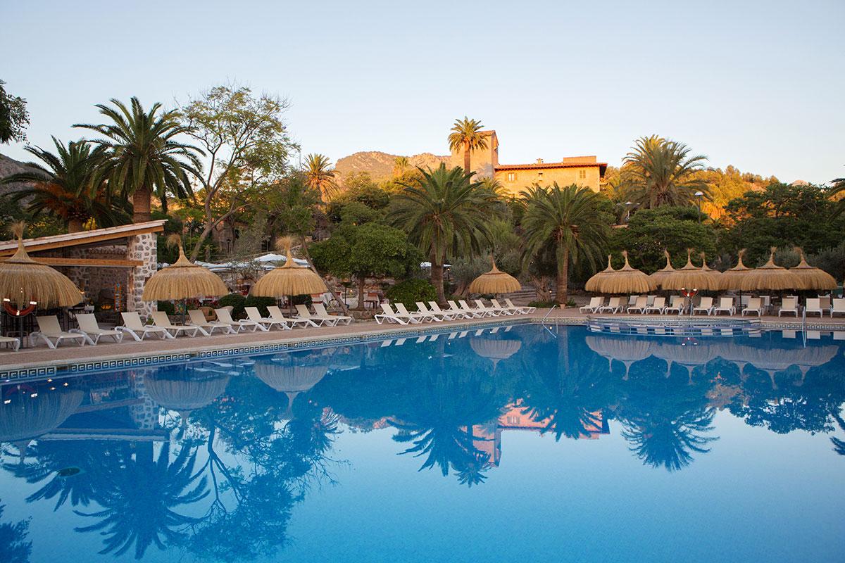 Piscina Hotel Es Port Soller