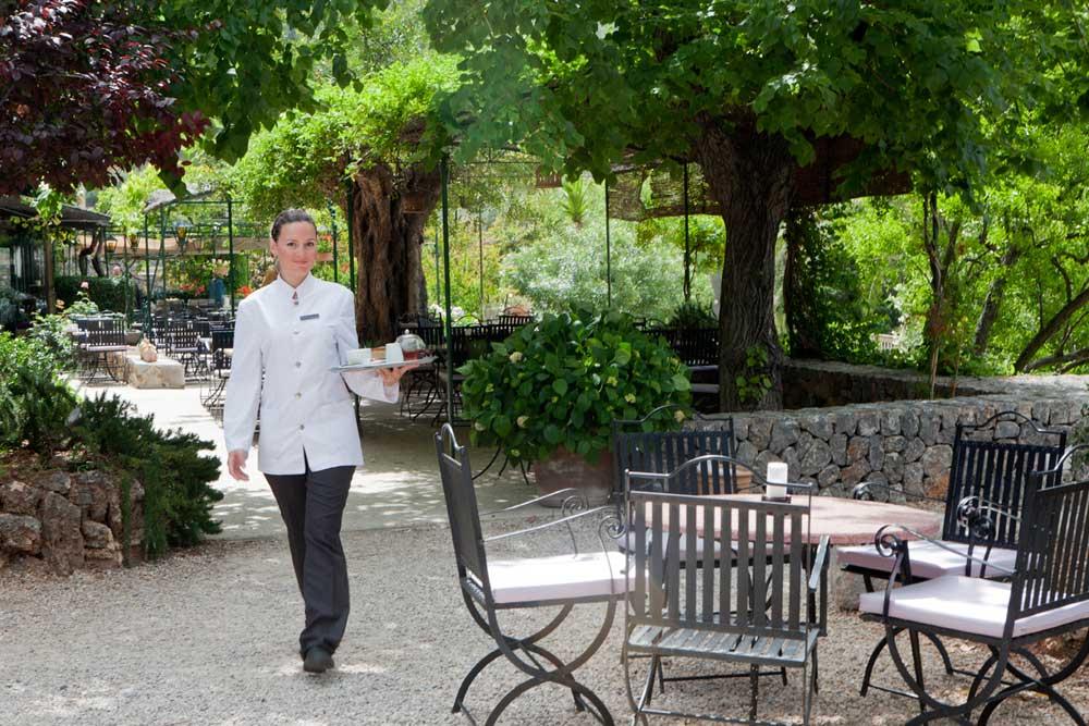 Jardines & terraza | Gardens & terraces | Hotel Es Port Soller